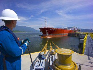 Canadian crude exports